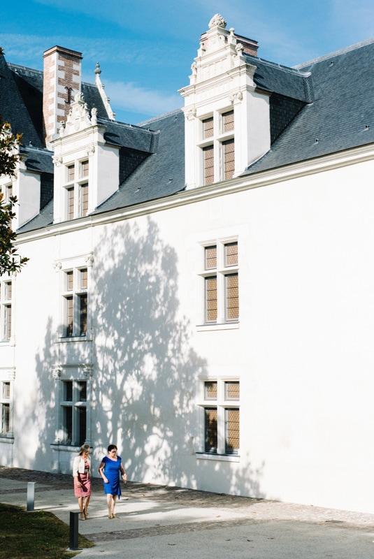 photo de mariage chic au chateau mairie d'Ancenis