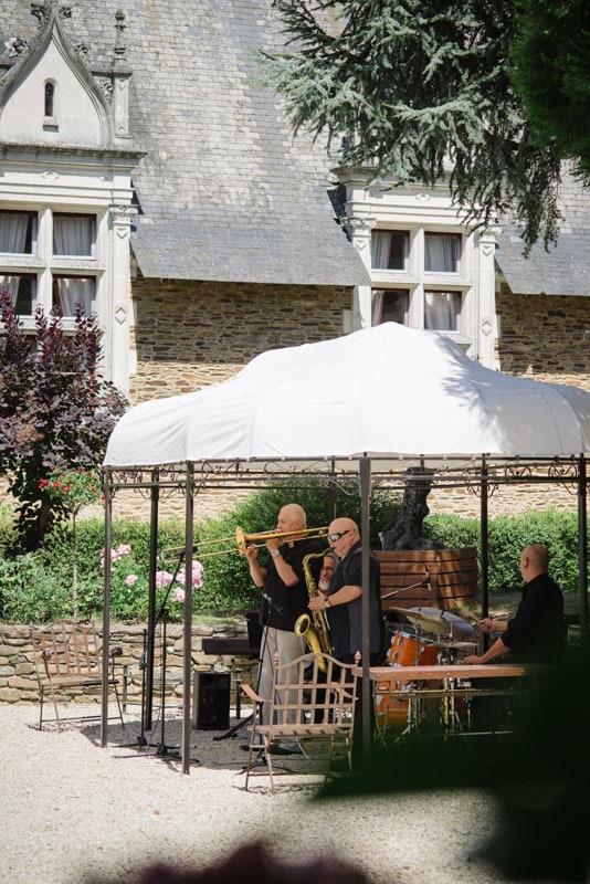 photo de mariage chic au chateau orchestre
