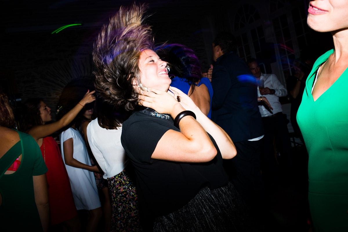 les copines de la mariée dansent